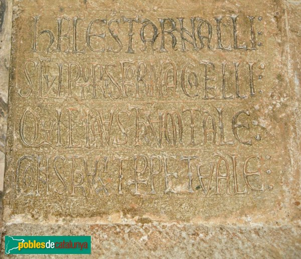 Sant Cugat del Vallès - Monestir, inscripció d'Arnau Cadell