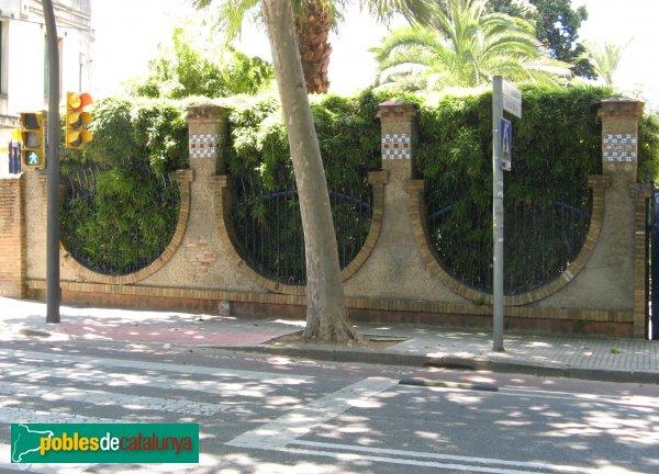 Sant Cugat del Vallès - Casa Armet, tanca