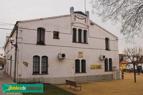 Façana posterior Casa de la Vila de Palau-solità i Plegamans