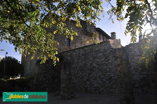 Castell de Plegamans, vist des del NE