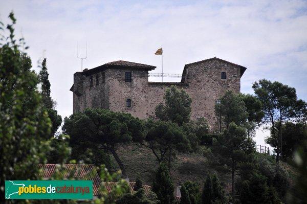 Castell de Plegamans, vist des de lluny