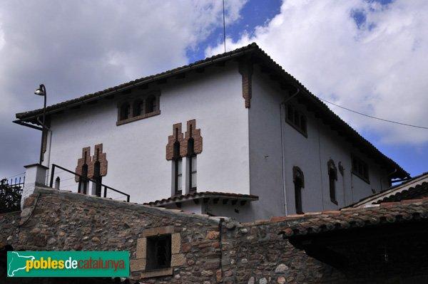 Can duran casa modernista palau solit i plegamans - Casas en valles occidental ...
