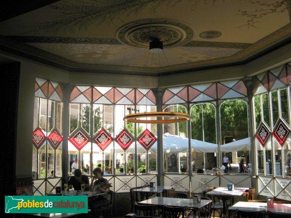 Barcelona - Can Déu, interior tribuna planta baixa