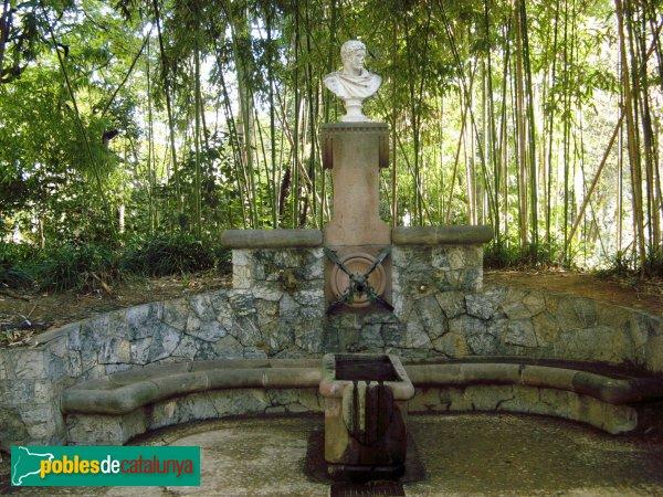 Barcelona - Jardins del Palau de Pedralbes - Font d'Hèrcules (Gaudí)