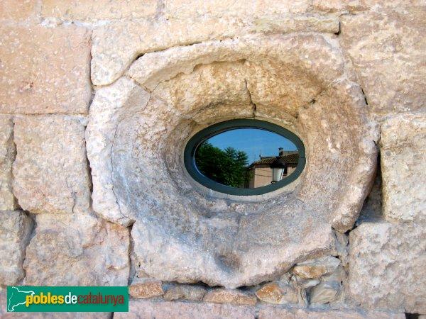 Torredembarra - Castell, detall d'una finestra