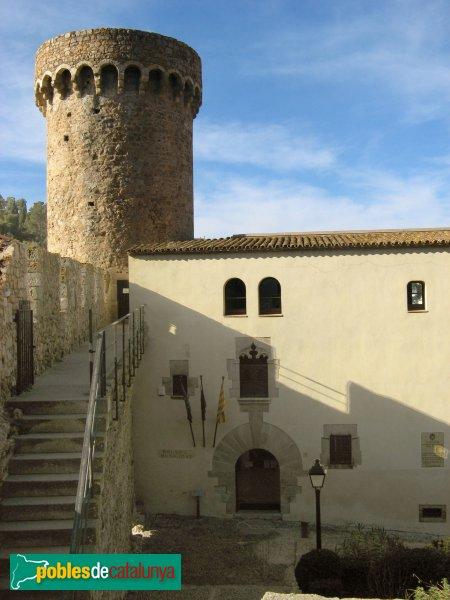 Casa del batlle de sac tossa de mar pobles de catalunya - Casas en tossa de mar ...