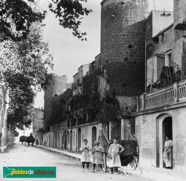 Hostalric - Muralla
