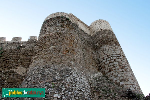 Arbúcies - Castell de Montsoriu, muralla