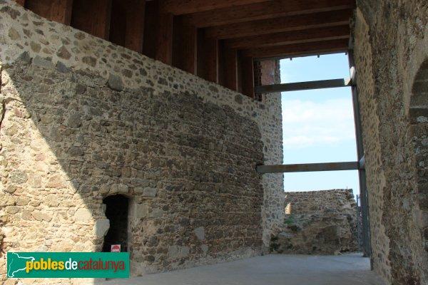 Arbúcies - Castell de Montsoriu, recinte sobirà