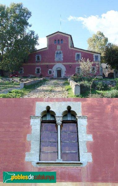 Riells i Viabrea - Can Plana, masia i finestral