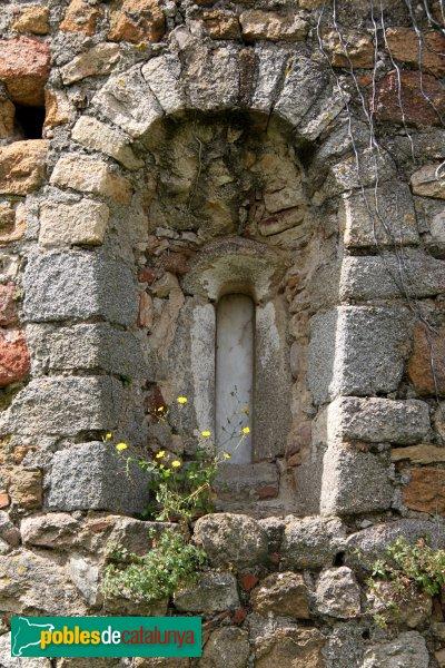 Sant Feliu de Buixalleu - Església de Sant Feliu, finestra de l'absis