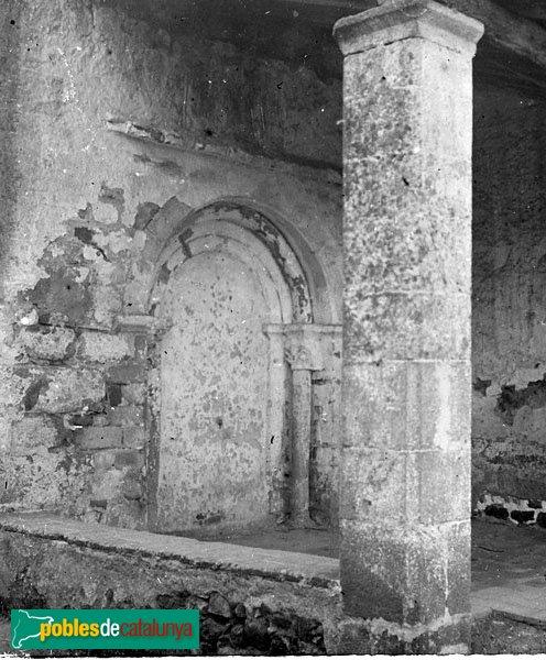 Sant Feliu de Buixalleu - Església de Sant Feliu, porta romànica desapareguda