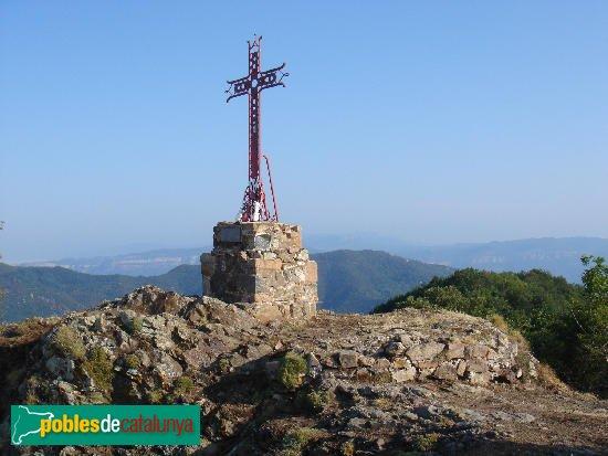 Sant Hilari Sacalm - Creu de ferro de les Gulleries, on hi hagué la torre del castell de Solterra