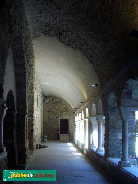Port de la Selva - Sant Pere de Roda - Claustre superior