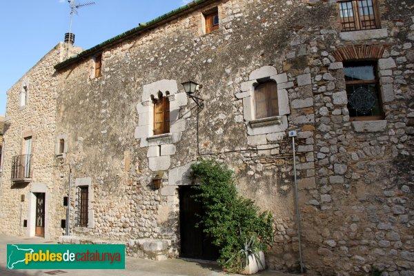 Avinyonet de Puigventós - Casa al carrer Corriol