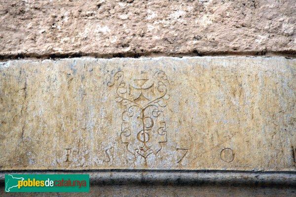 Avinyonet de Puigventós, llinda 1570