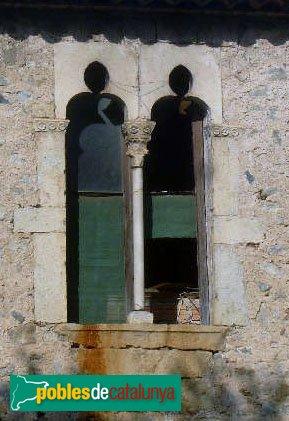 Boadella - Castell-palau, finestra