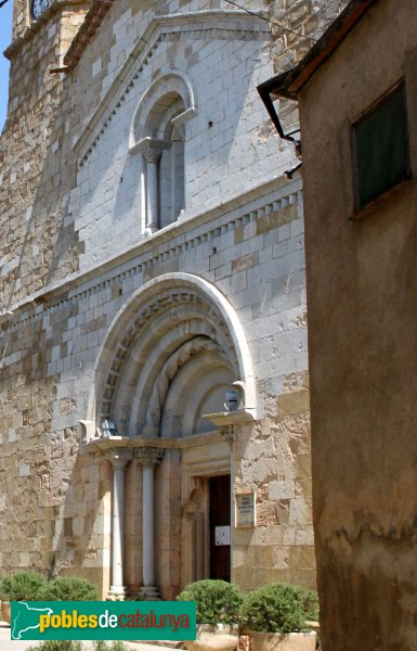 Cistella - Santa Maria de Cistella, façana romànica