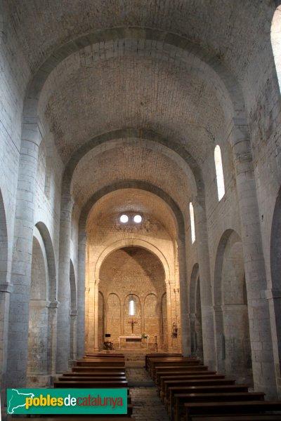Vilabertran - Monestir, interior de l'església