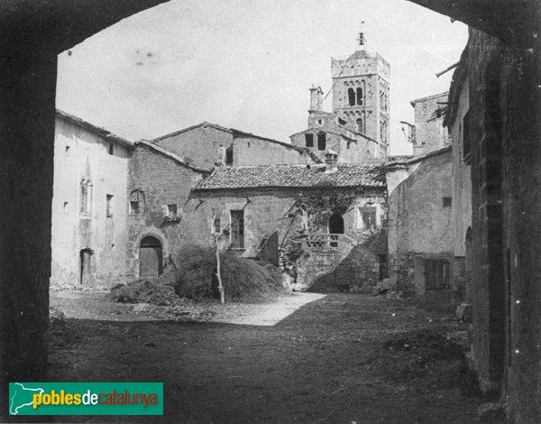 Vilabertran - El palau quan es feia servir de masia
