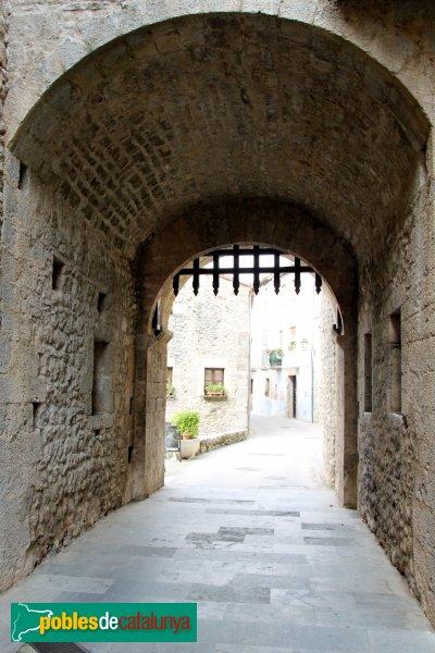 Sant Llorenç de la Muga - Portal de Dalt