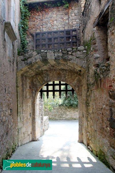 Sant Llorenç de la Muga - Portal de Baix