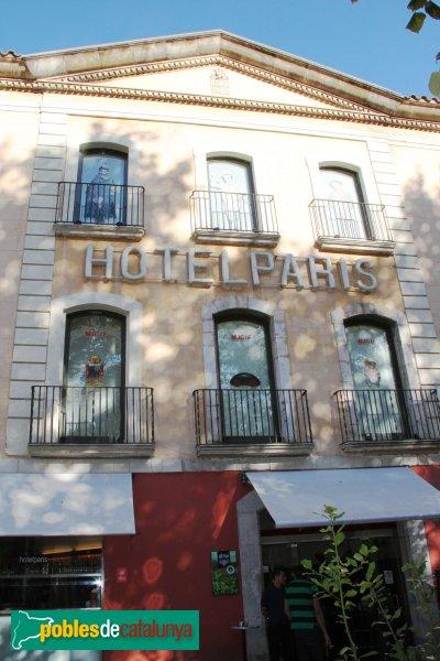 Figueres - Casa Terrades, façana Rambla