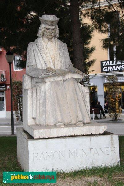 Figueres - Estàtua de Ramon Muntaner
