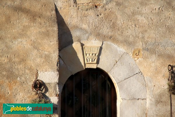 Figueres - Detall d'una casa de Palol