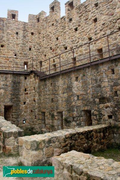 Santa Coloma de Farners - Castell de Farners, estances del castell