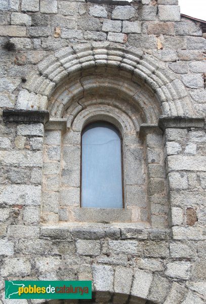 Santa Coloma de Farners - Sant Pere Cercada, finestra