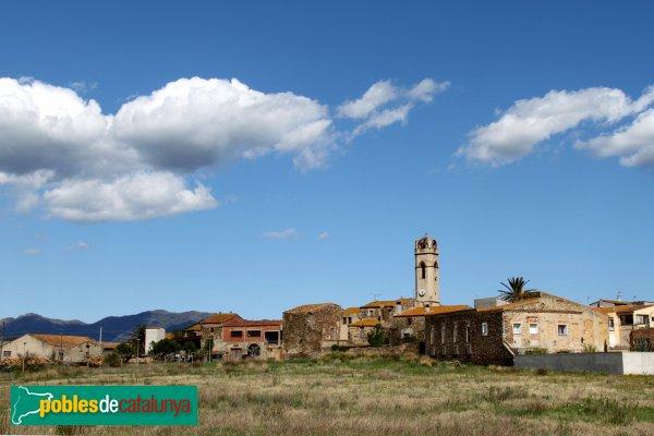 Mollet de Peralada - Panoràmica amb l'església