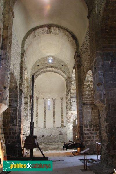 Rabós - Sant Quirze de Colera, interior de l'església