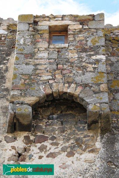 Capmany - Matacà defensiu de la muralla