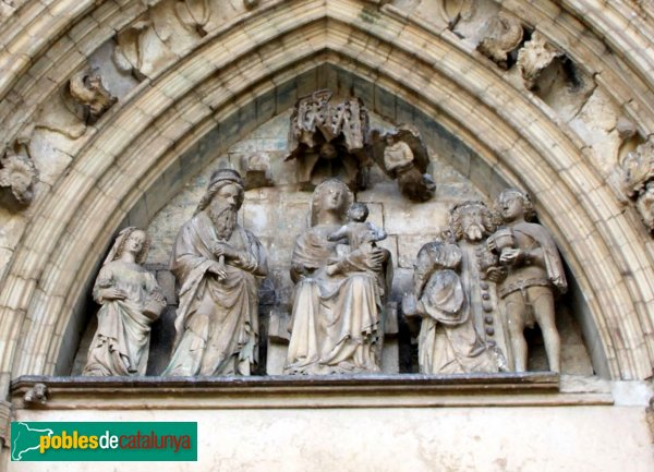 Castelló d'Empúries - Portada de Santa Maria, detall