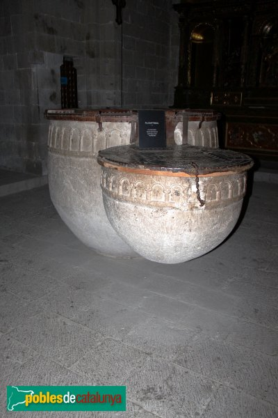 astelló d´Empúries - Pica baptismal