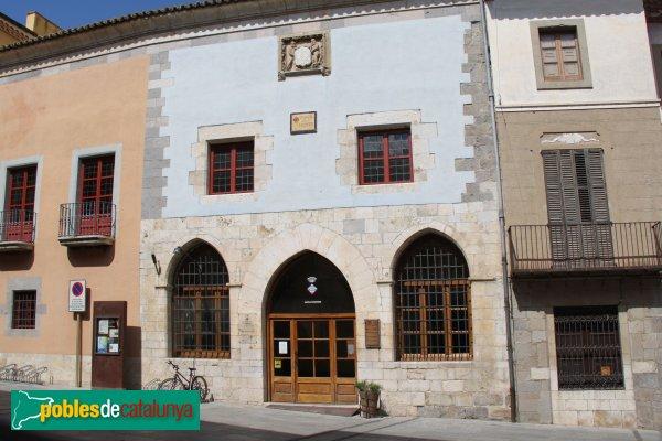 Castelló d'Empúries - Plaça dels Homes, antiga Llotja