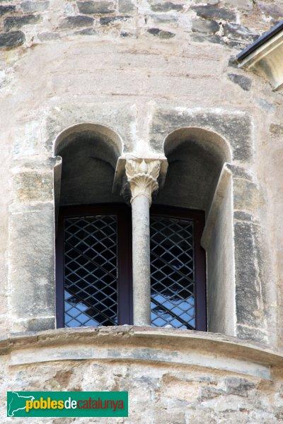 Barcelona - Finestra d'una de les torres