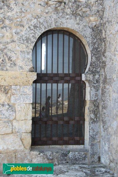 Olèrdola - Església de Sant Miquel, arc triomfal de l'església antiga