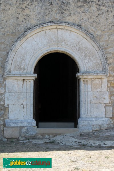 Olèrdola - Església de Sant Miquel, porta prinicpal