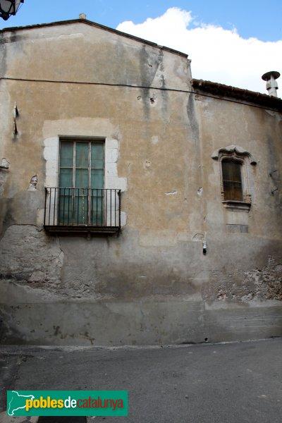 Sant Pere Pescador - Casa Caramany, façana sud
