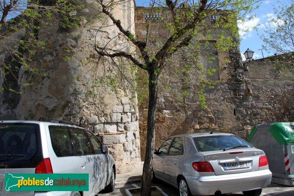 Sant Pere Pescador - Muralles