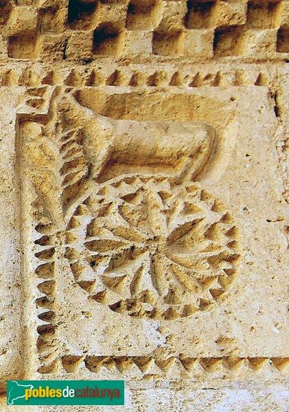 Sant Pere de Riudebitlles - Portada romànica de Sant Pere, detall