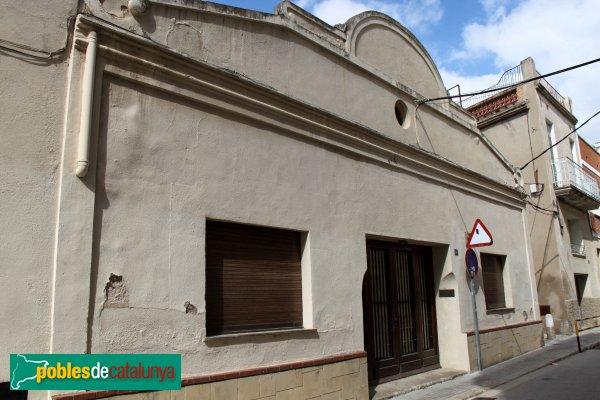 Sant Pere de Riudebitlles - Carrer Nou, Cal Formaire