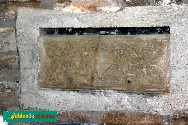 Subirats - Palau Gralla (Torre-ramona), detall del pati interior