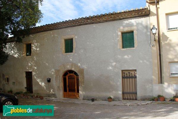Subirats - Torre.ramona, una casa de dins el clos