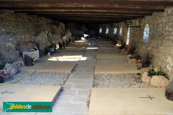 Subirats - Sant Pere del Castell de Subirats, cementiri
