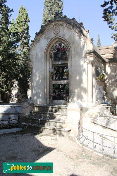 Vilafranca del Penedès - Cementiri, grup de tres nínxols