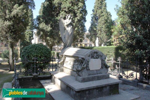 Vilafranca del Penedès - Cementiri, panteó Ulpià Dellundé