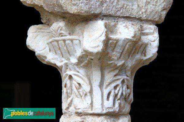 Avinyonet del Penedès - Sant Sebastià dels Gorgs, capitell romà